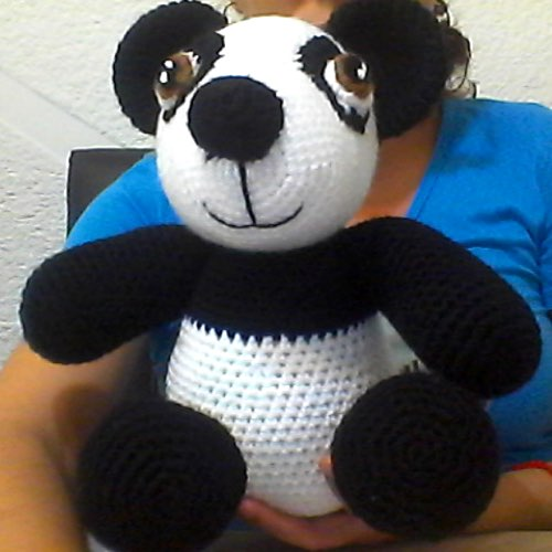 Amigurumi Panda. (Free pattern but needs translating). | Patrones ... | 500x500