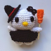 Mini Hello Kitty Bruja